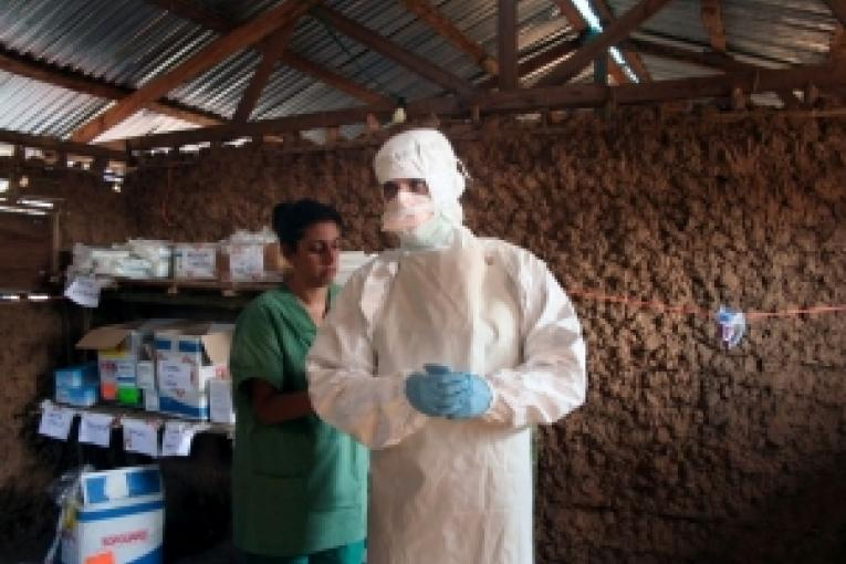 RDC Kasaï Occidental. Intervention de MSF suite à l'épidémie Ebola de 2007