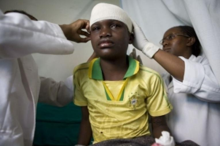 Beverly 12 ans victime des violences à Mathare.