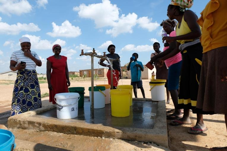MSF's environmental health approach to fighting typhoid and cholera in Zimbabwe