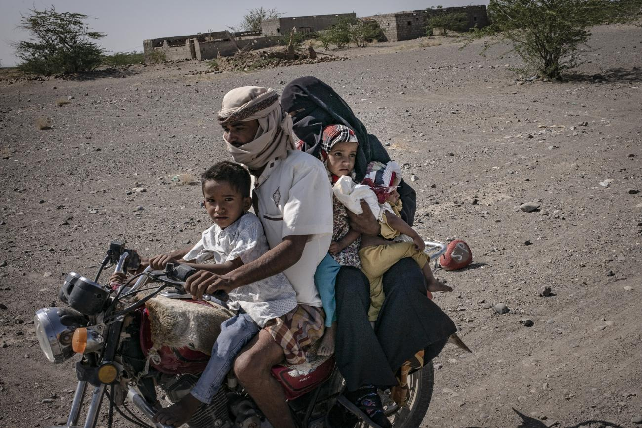 Yémen, novembre 2018. Ville de Mocha. L'hôpital MSF a été ouvert en août 2018 dans la ville, à la suite de l'offensive lancée par les forces soutenues par la coalition internationale, dirigée par l'Arabie Saoudite et les Emirats arabes unis, pour reprendre la ville de Hodeidah, sous le contrôle d'Ansar Allah.  © Guillaume Binet / MYOP