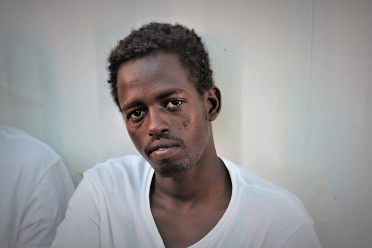 Mohammed à bord de l'Ocean Viking, peu de temps après l'opération de sauvetage. 2019.  © Hannah Wallace Bowman / MSF