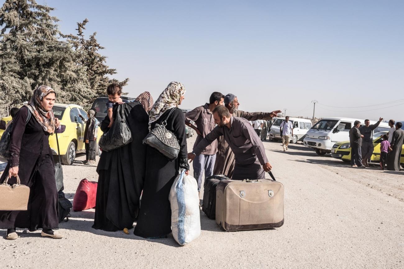 Une famille Syrienne arrive au camp d'Aïn Issa.  © Agnes Varraine-Leca