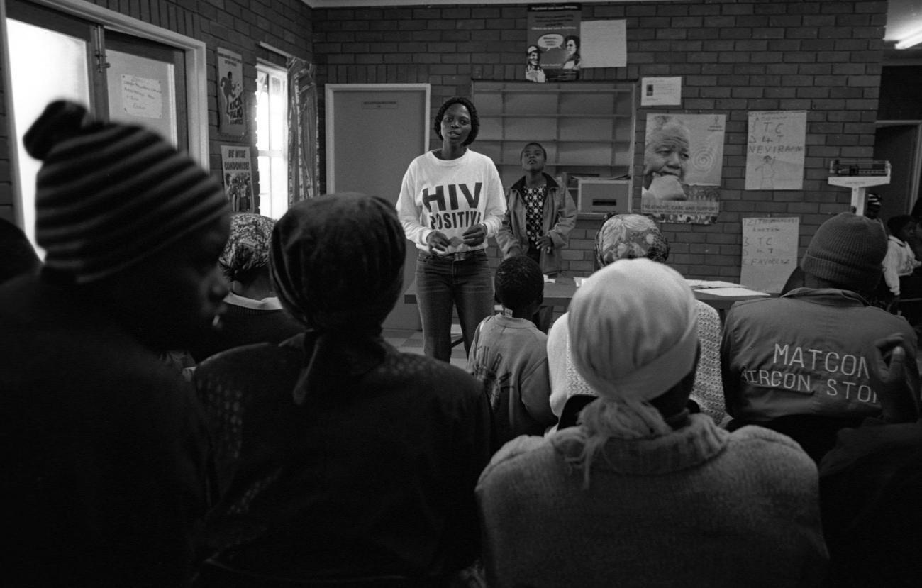 Novembre 2013. Lusikisiki, dans l'ancien Transkei, en Afrique du Sud. Un groupe de soutien aux personnes séropositives dans une clinique de MSF.  © Francesco Zizola/Noor