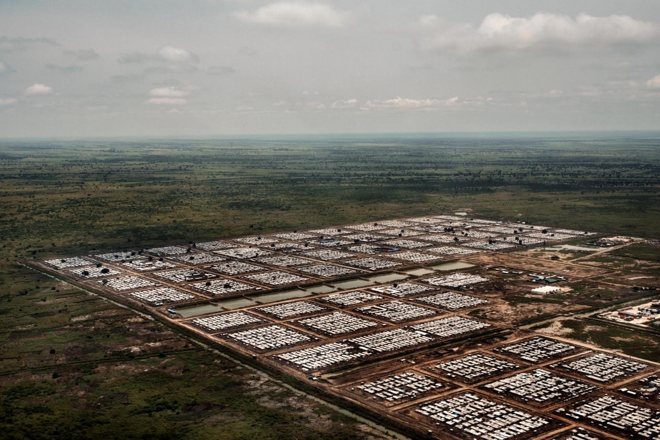 Vue aérienne du camp de protection des civils de Bentiu en septembre 2017.  © Peter Bauza