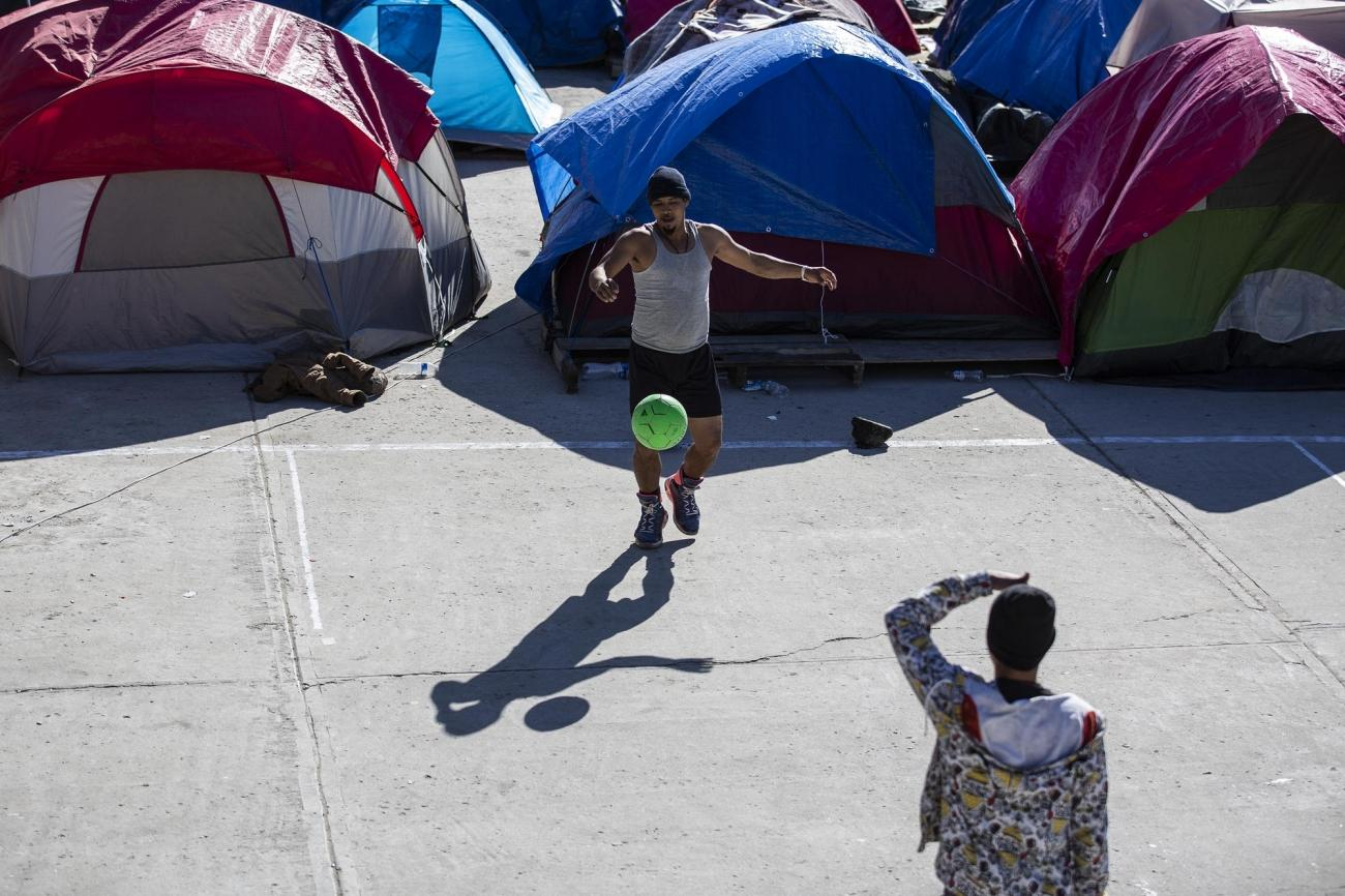 Vue d'un campement de migrants à Tijuana. Mexique. 2018.  © Cristopher Rogel Blanquet/MSF