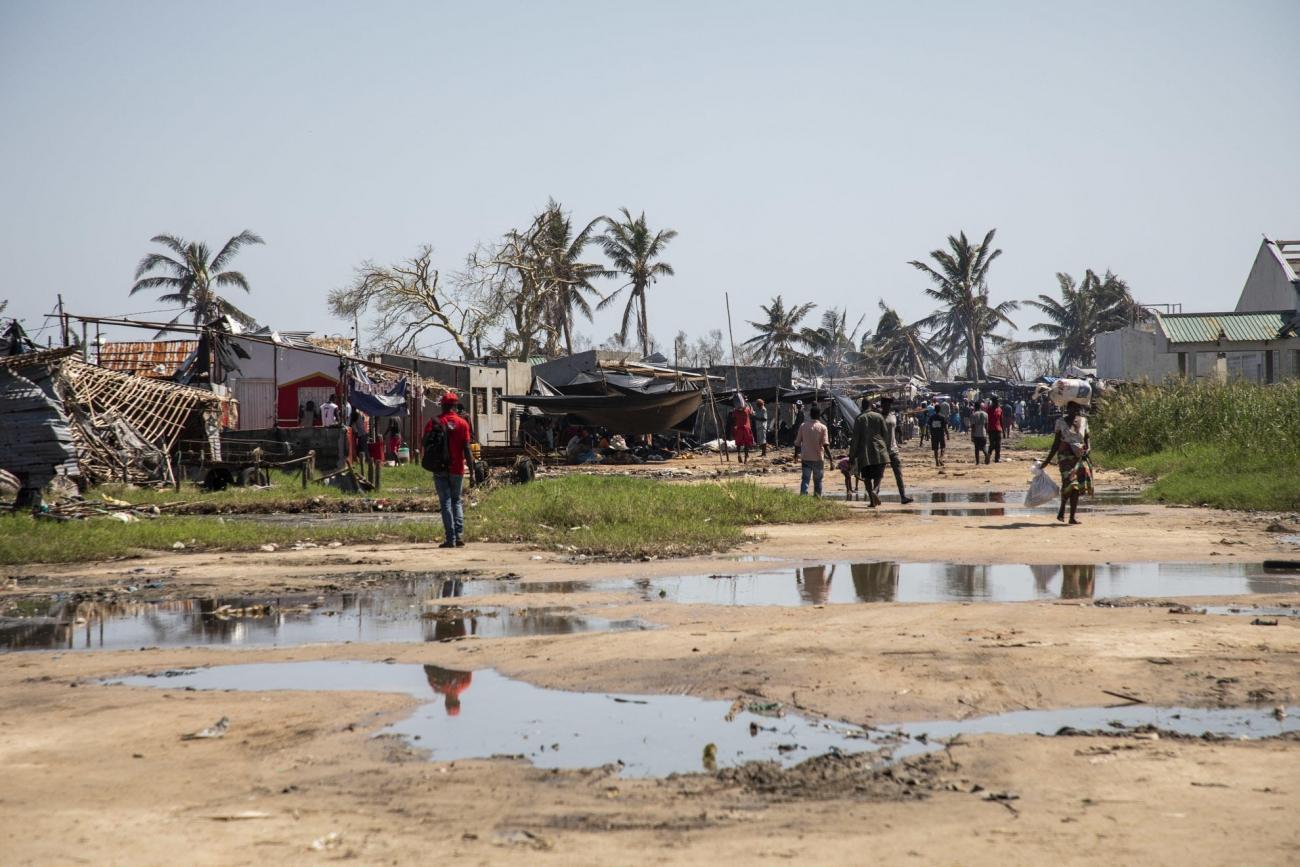 Le bidonville de Praia Nova après le passage du cyclone Idai. Beira, Mozambique, 26 mars 2019.  © Pablo Garrigos/MSF