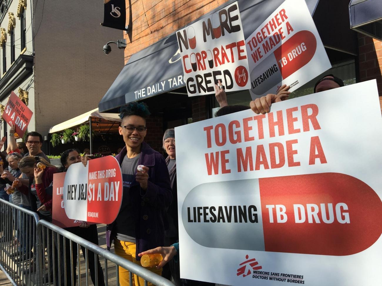Une manifestation a été organisée par la Campagne d'Accès aux Médicaments Essentiels de MSF et MSF-USA le 25 avril 2019.