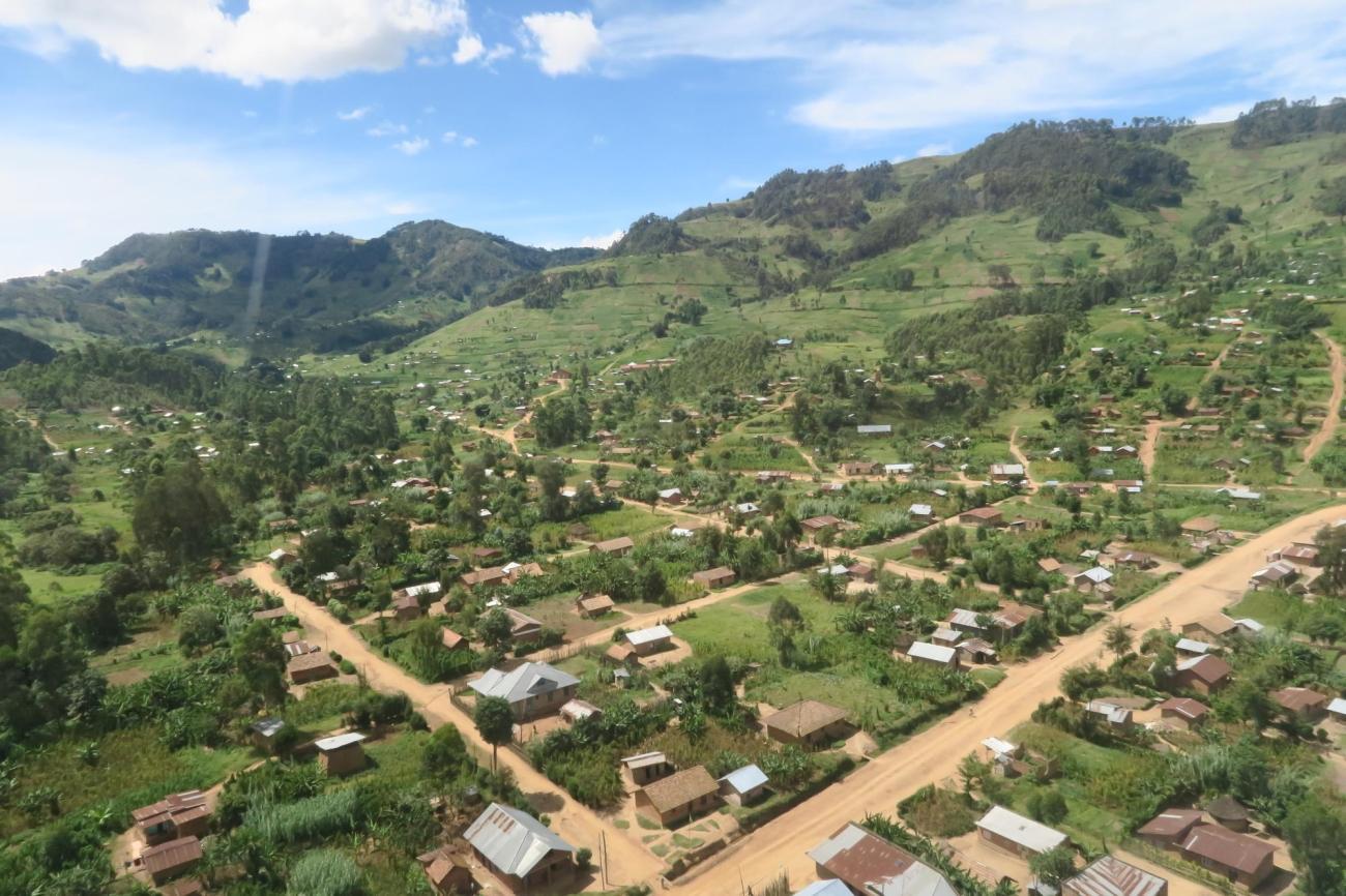 Vue aérienne de la ville de Lubero. 2019. République démocratique du Congo.  © Caroline Frechard/MSF
