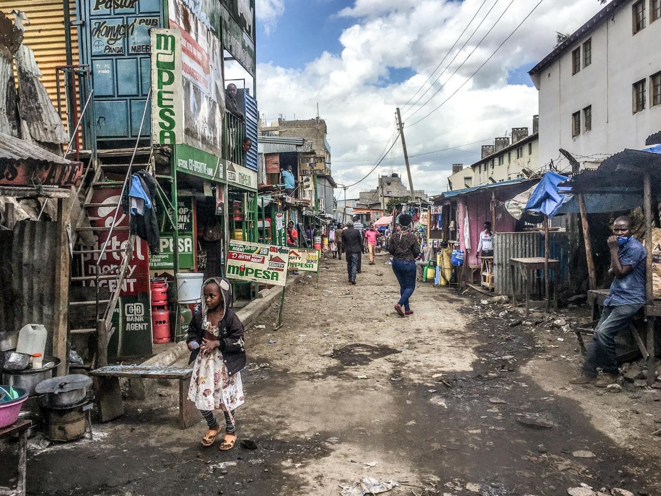 La propagation de l'épidémie de Covid-19 au Kenya est d'autant plus préoccupante pour les groupes vulnérables et les personnes vivant dans des situations précaires : parmi eux, la population de Mathare.  © Paul Odongo/MSF