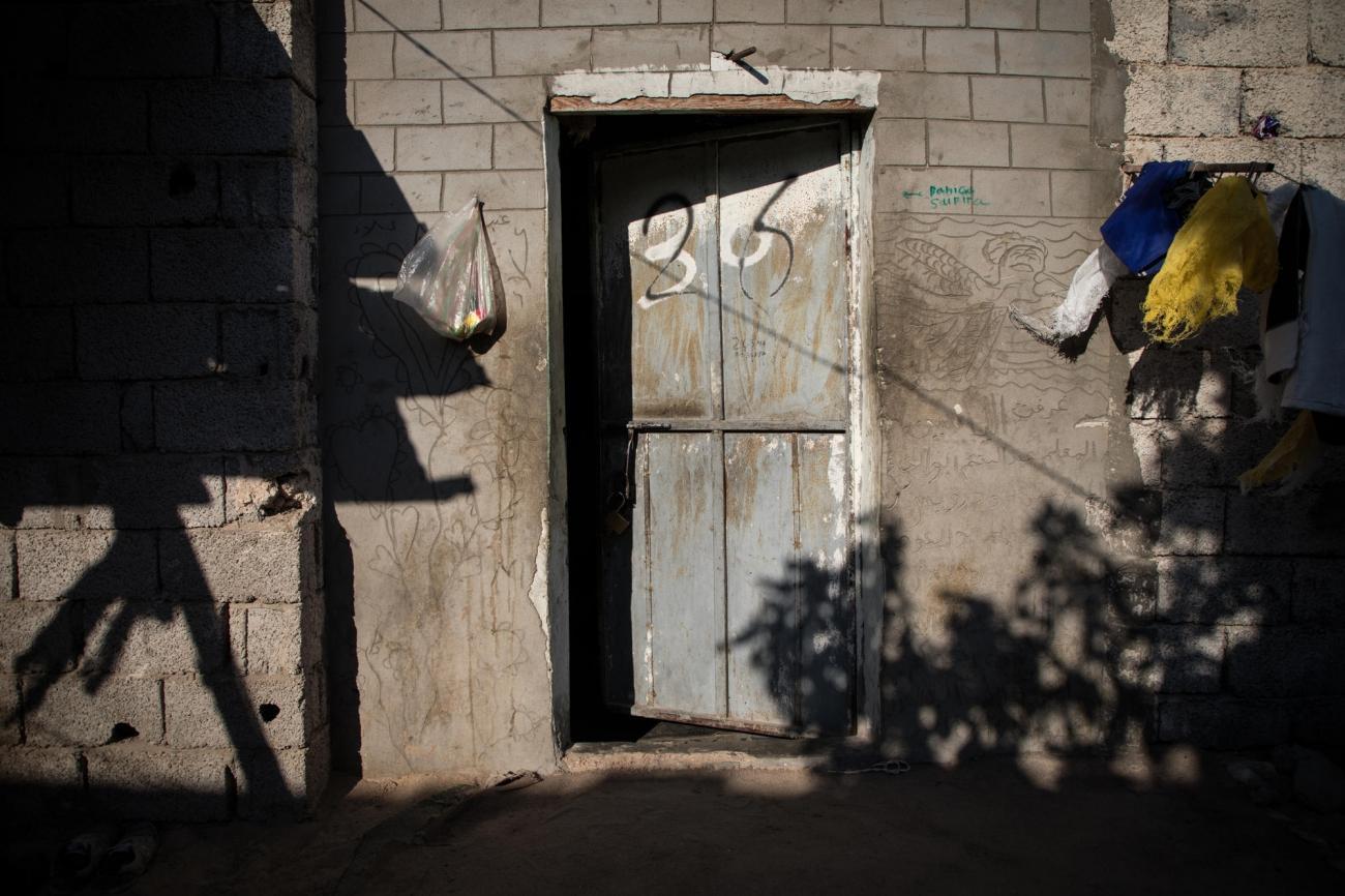 L'entrée d'un squat de Misrata, en Libye, où des migrants ont trouvé refuge. Misrata, octobre 2019.  © Aurelie Baumel/MSF