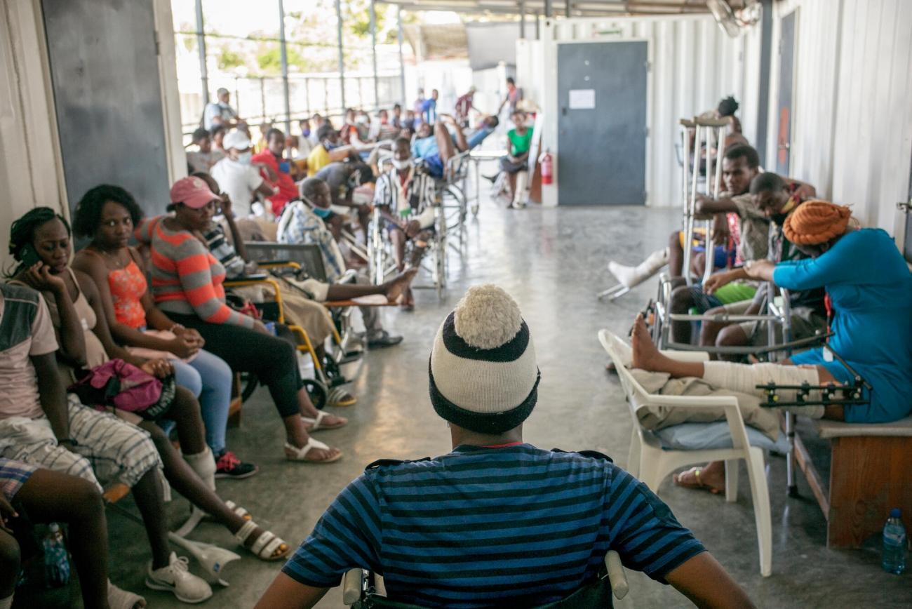 Service ambulatoire de l'hôpital de traumatologie de MSF à Tabarre.  © Guillaume Binet/MYOP