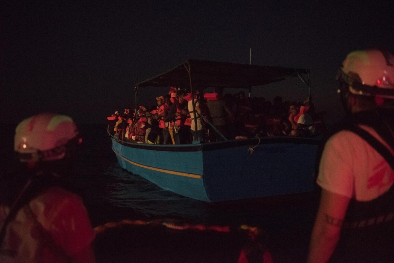 Sauvetage de 188 personnes sur une embarcation en bois,le 15 août.  © Vincent Haiges