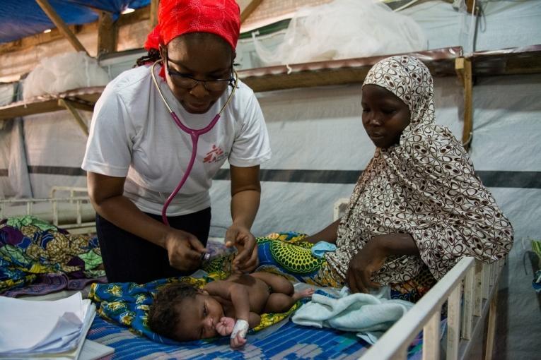 Unité de néonatalogie à Magaria au Niger.  © Louise Annaud/MSF