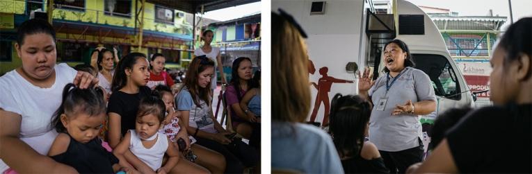 Une travailleuse sociale, de MSF et Likhaan, fait une présentation sur la santé reproductive et sexuelle.  © Hannah Reyes Morales
