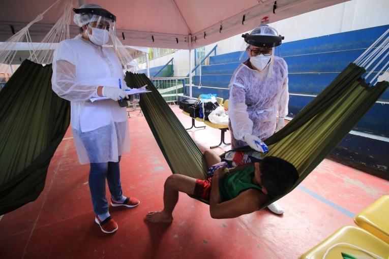 Centre d'isolement MSF des personnes suspectées d'être touchées par lecoronavirus à Manaus. 2020.  © MSF