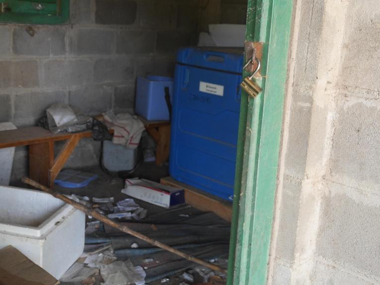 Un centre de santé pillé après l'attaque d'un groupe armé. République centrafricaine. 2018.  © MSF/Anaïs Deprade