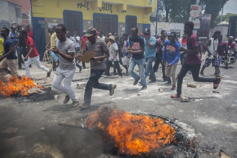 Manifestation dans les rues de Port-au-Prince le 9 juin 2019, appelant au départ du PrésidentJovenel Moïse.  © Jeanty Junior Augustin/MSF