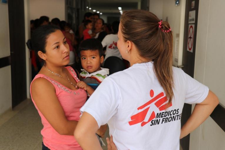 MSF fournit des soins de santé primaires etde santé mentale aux migrants et demandeurs d'asile du Venezuela ainsi qu'aux Colombiens qui n'ont pas accès au système de santé dans les provinces de La Guajira, Norte de Santander et Arauca.  © Esteban Montaño/MSF