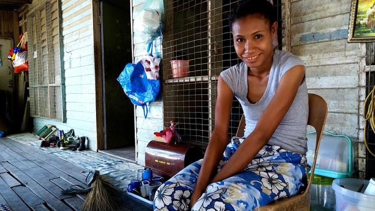 Luisa Ure, 22 ans, est sous traitement depuis quasiment 3 ans.  © Simon Ming/MSF