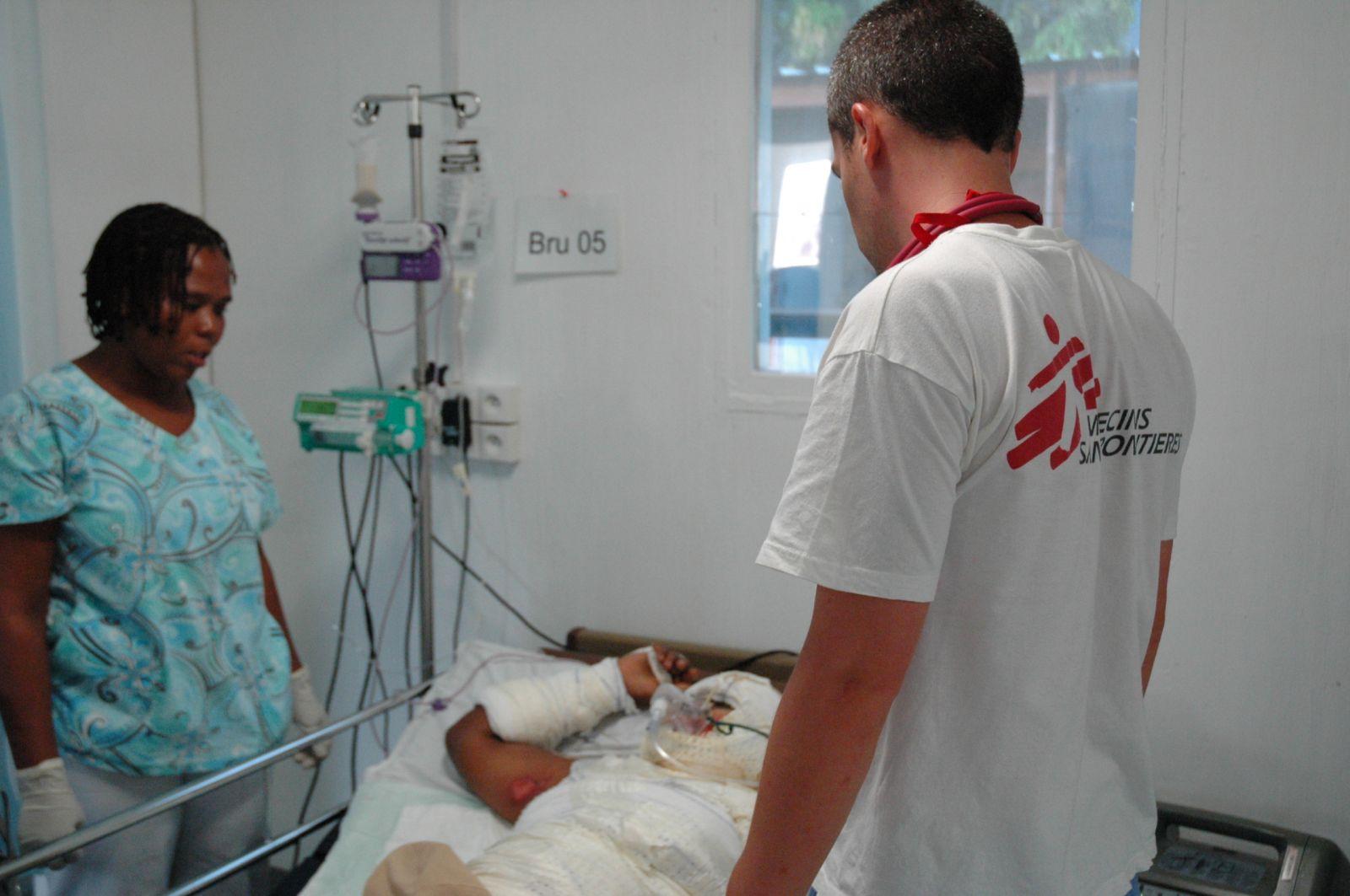 Haïti : 24h avec Alexandre, médecin | Médecins sans frontières on