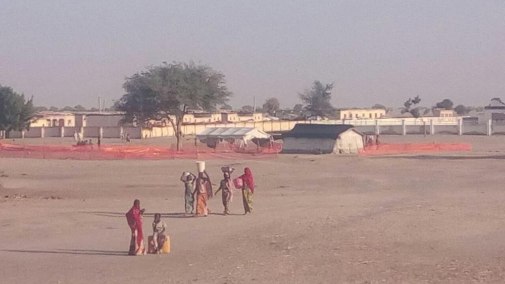 Le camp de déplacés de Rann est isolé. MSF y a installé une tente pour dispenser des consultations médicales.
