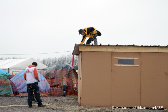 Des abris à Calais pour l'hiver