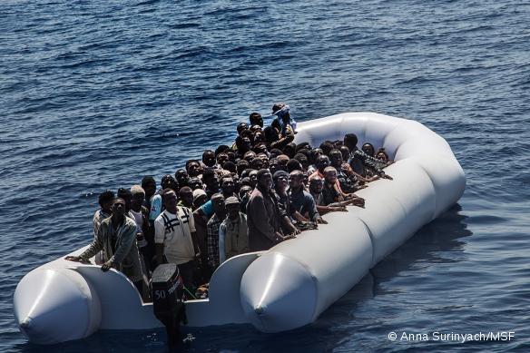 Un sauvetage mené par le Dignity I le 20 juillet 2015.
