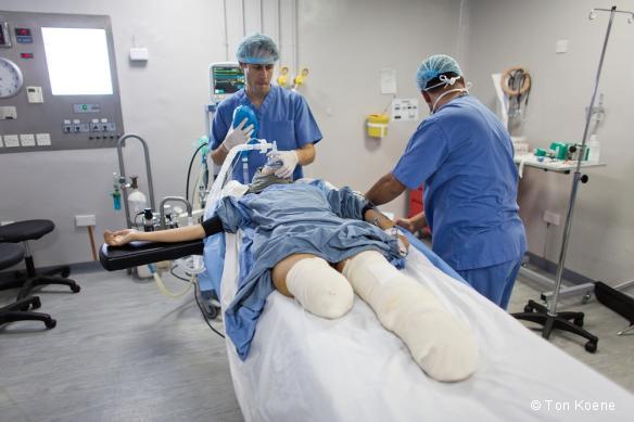 Une opération chirurgicale dans l'hôpital de Ramtha, en Jordanie.
