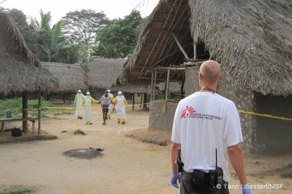 L'équipe MSF de réponse rapide est intervenue en décembre dernier contre des cas d'Ebola à Quewein, dans le comté de Grand Bassa, au Liberia.