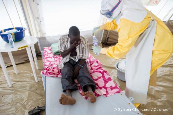 Sierra Leone. Dans le centre de traitement d'Ebola géré par MSF à Kailahun.