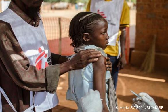 Campagne de vaccination de masse contre la rougeole, Bria, Est de la RCA, avril 2015