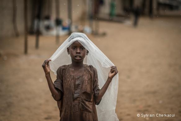 Anticipant l'accroissement des besoins humanitaires et médicaux, nos équipes renforcent l'aide qu'elles apportent dans les zones difficilement atteignables de l'Etat de Borno, au Nigeria.