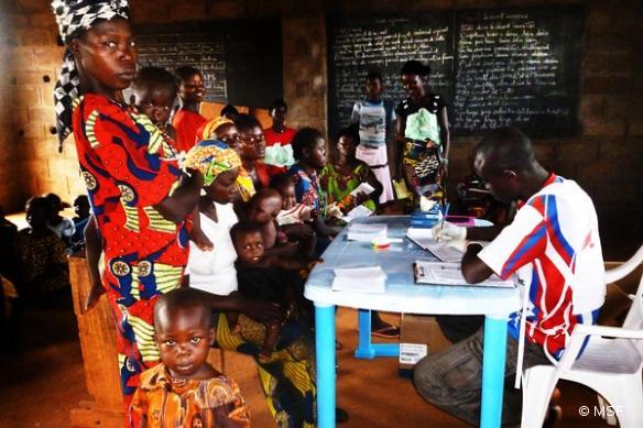 MSF maintient ses activités en RCA, comme ici à Bouca - Septembre 2013